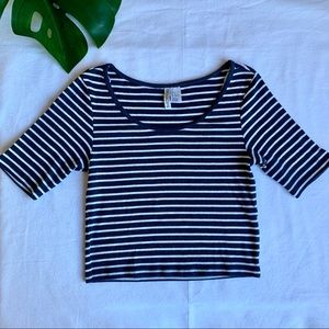 H&M striped ribbed quarter sleeve crop top